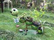Caterpillar with 4 Pots