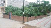 corner plot lic colony,