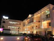 8527267006 | Hotel Rainbow | Hotels near railway station | bus stops G